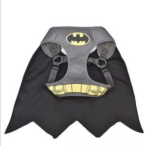 DC Comics Other - Batman DC comics dog harness with cape